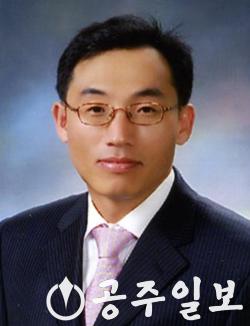 서정석 교수.png
